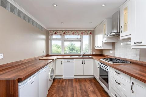 3 bedroom flat for sale - Railway Side, Barnes, SW13