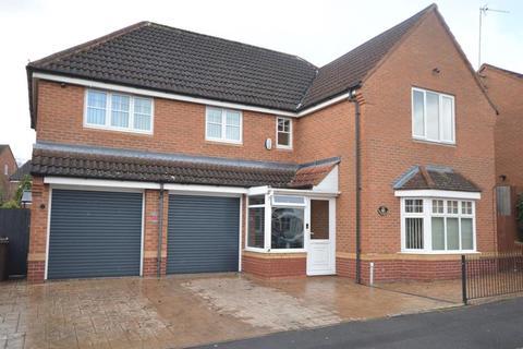 5 bedroom detached house for sale - Wavers Marston, Birmingham