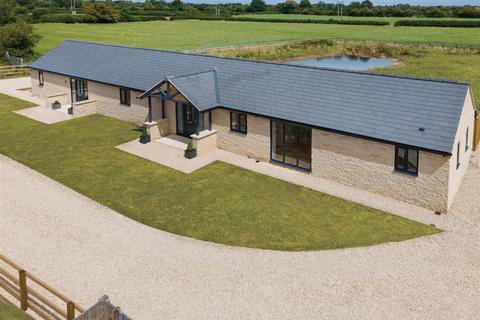 4 bedroom cottage for sale - Hornbeam Grange, Cricklade