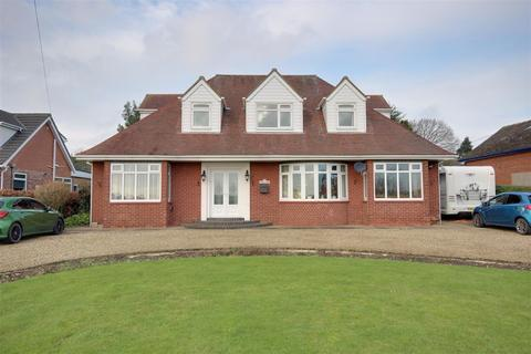 4 bedroom detached house for sale - Ferriby High Road, North Ferriby