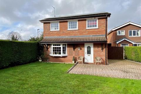 3 bedroom detached house for sale - Beechwood Drive, Stone