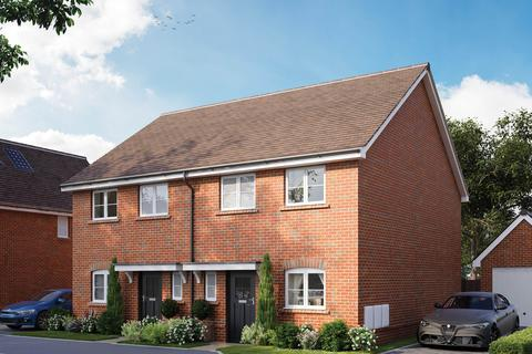 3 bedroom semi-detached house for sale - The Blyton at Wickfields, Barn Road, Longwick HP27