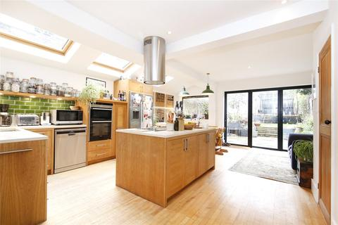 4 bedroom terraced house for sale - Heathwood Gardens, Charlton, London, SE7