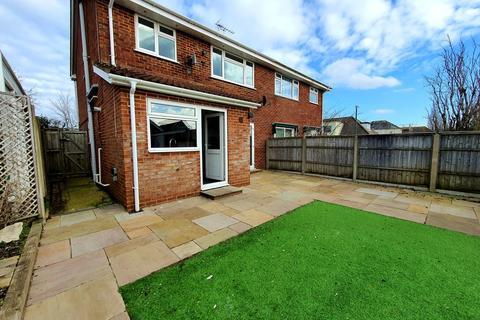 3 bedroom semi-detached house to rent - Wimborne Road, Poole