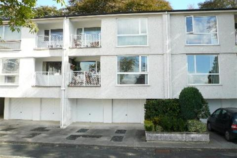 2 bedroom flat to rent - Elm Court, Truro