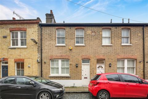 3 bedroom terraced house for sale - Douro Street, London, E3