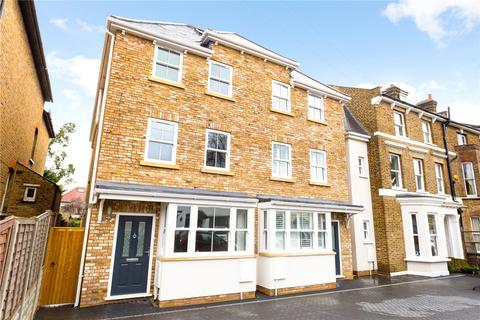 5 bedroom semi-detached house for sale - Derby Road, South Woodford, London, E18