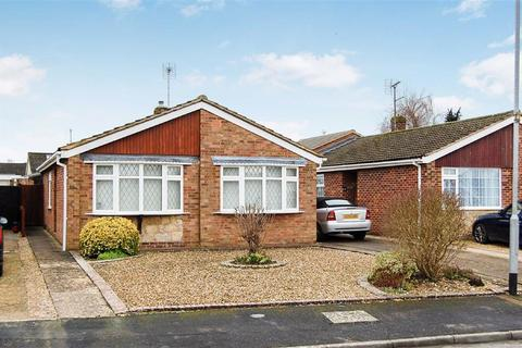 2 bedroom detached bungalow for sale - Howard Way, Market Harborough