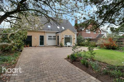 4 bedroom detached house for sale - Harrowby Road, Grantham