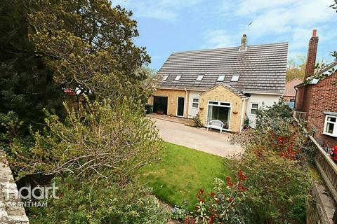 4 bedroom detached house for sale - Harrowby Road, Grantham