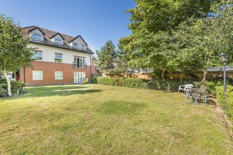 2 bedroom flat to rent - Pinewood Avenue, Crowthorne, RG45 6RD