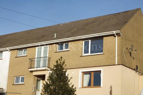 2 bedroom flat to rent - Aneurin Avenue, Crumlin, Newport. NP11 5HN