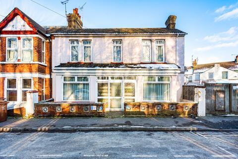 3 bedroom house for sale - Rosebery Road, Gillingham, ME7