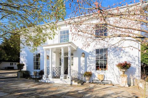 6 bedroom detached house for sale - Addington House, Addington Village, Surrey CR0