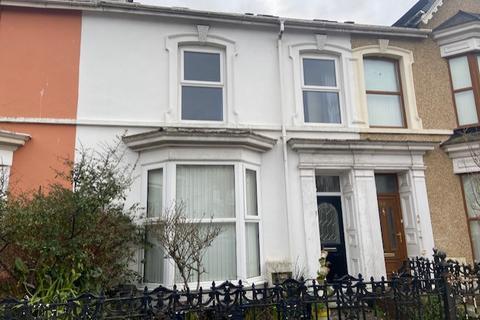 4 bedroom house to rent - Queen Victoria Road, Llanelli