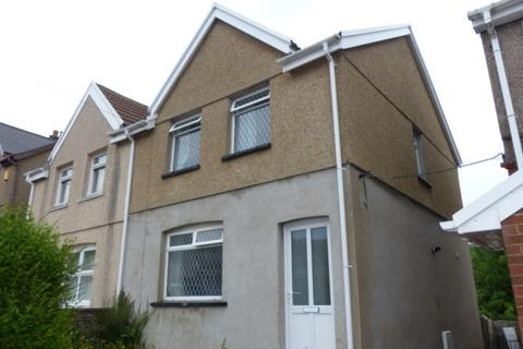 3 bedroom terraced house to rent - Thomas Street, Gilfach Goch CF39 8TU