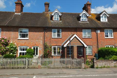 2 bedroom house for sale - The Green, Horsted Keynes, RH17