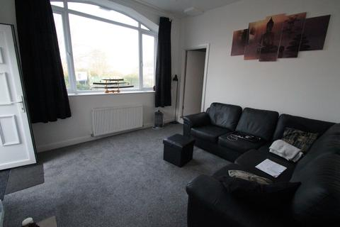 3 bedroom apartment for sale - 5 Cross Key Mews, Half Penny Lane, Pontefract, Yorkshire WF8