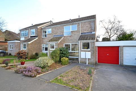 2 bedroom end of terrace house to rent - Colehill