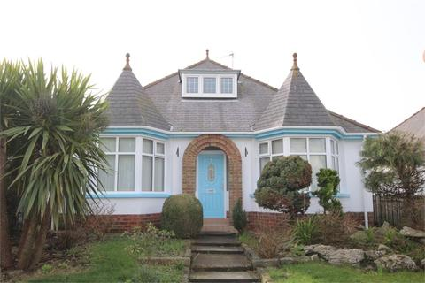 4 bedroom detached bungalow for sale - Queen Street, WITHERNSEA, East Riding of Yorkshire