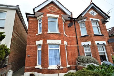 3 bedroom semi-detached house to rent - Bemister Road, Bournemouth