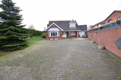 4 bedroom detached bungalow for sale - Charles Street, Hedon