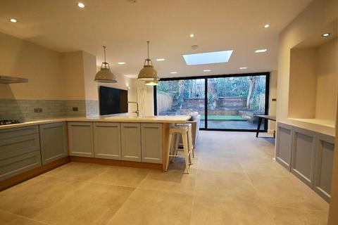 2 bedroom semi-detached house for sale - Northern Grove, West Didsbury, Manchester, M20 2NW
