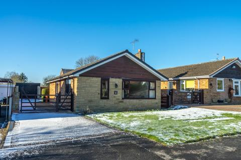 3 bedroom detached bungalow for sale - Cedar Glade, Dunnington, York
