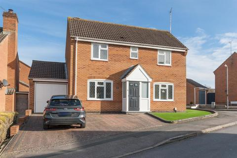 3 bedroom detached house for sale - Otter Way, Royal Wootton Bassett SN4 7