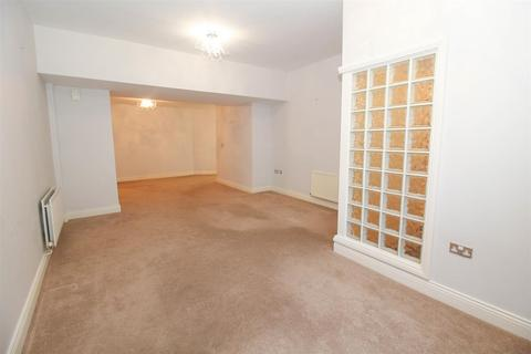 2 bedroom ground floor flat to rent - Arcade Park, North Shields