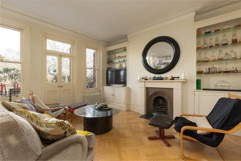 2 bedroom flat for sale - Prince of Wales Mansions, Prince of Wales Drive, London, SW11