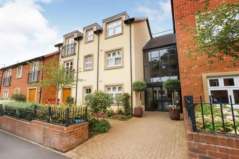 2 bedroom apartment for sale - Lowestone Court, Stone Ln, Kinver, Stourbridge, West Midlands, DY7 6EX