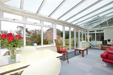 4 bedroom detached house for sale - London Road, Maidstone, Kent