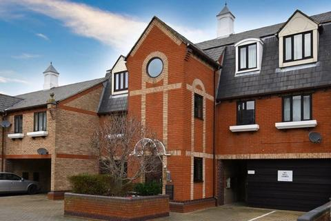 1 bedroom flat for sale - Jetty Walk, Grays, Essex, RM17 6PL