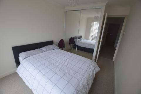 2 bedroom flat to rent - The Oasis, Lindsay Road Branksome, Poole, BH13 6AP