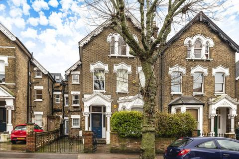 3 bedroom flat for sale - Upper Tollington Park, Stroud Green