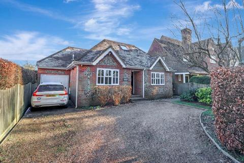 3 bedroom detached house for sale - Potkiln Lane, Jordans, Beaconsfield, HP9