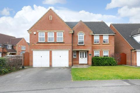 5 bedroom detached house for sale - Lord Drive, Pocklington, York, YO42 2PB