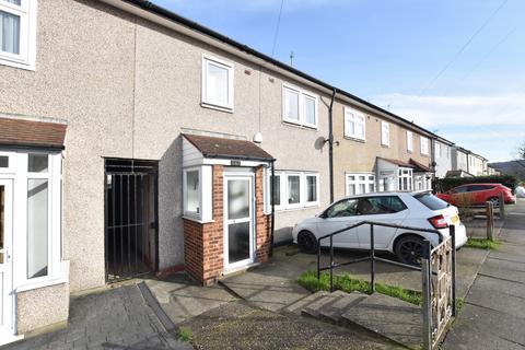 3 bedroom house to rent - Holbourne Road, Kidbrooke, SE3