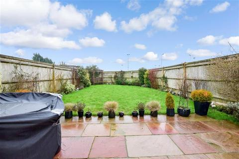 3 bedroom semi-detached house for sale - Upland Road, Thornwood, Epping, Essex