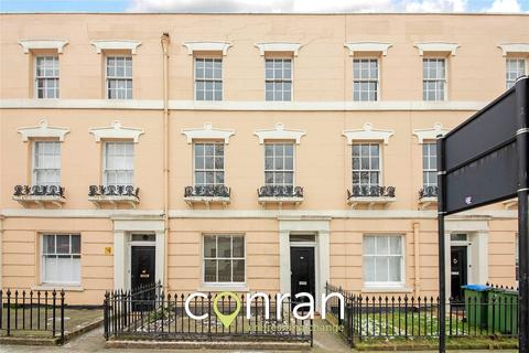 4 bedroom terraced house to rent - King William Walk, Greenwich, SE10