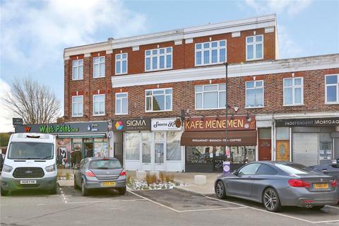 2 bedroom apartment for sale - Westerham Avenue, London, N9
