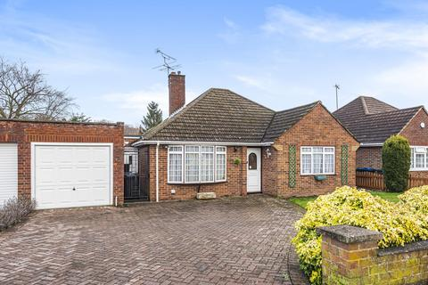 3 bedroom detached bungalow for sale - Fennels Farm Road, Flackwell Heath, HP10