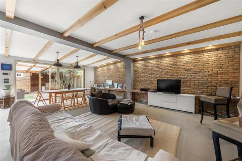 3 bedroom terraced house for sale - Rowditch Lane, SW11