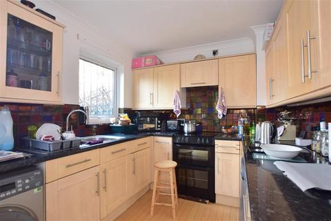 3 bedroom semi-detached house for sale - Evelyn Denington Road, London