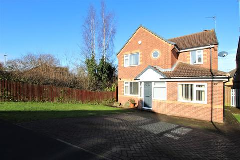 4 bedroom detached house for sale - Eyrie Approach, Morley, LS27