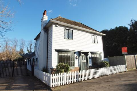 3 bedroom detached house for sale - Hayes Street, Hayes, Bromley, Kent