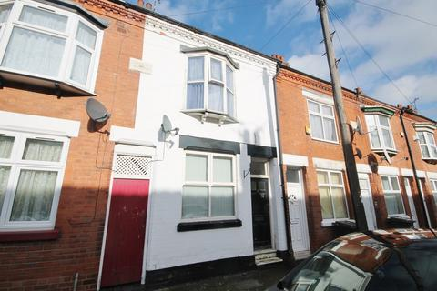 3 bedroom terraced house for sale - Raymond Road, Leicester