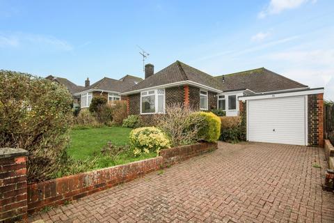 2 bedroom detached bungalow for sale - Chute Avenue, High Salvington, Worthing BN13 3DU