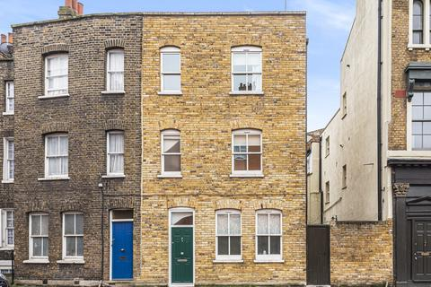 3 bedroom semi-detached house to rent - Cable Street, London E1